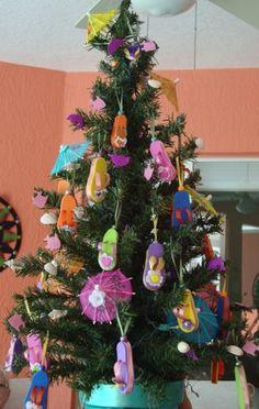 ... cute tree Muito legal! #ficaadica #decoraçãodenatal