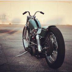 "3,296 Me gusta, 10 comentarios - Kukakustoms (@bobberporn) en Instagram: ""clean ass bike from @mattwaln #bobber #bobberporn"""