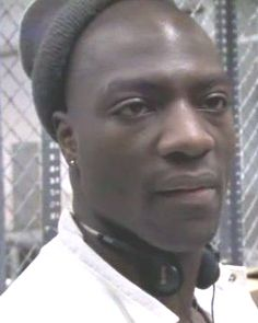 Adewale Akinnuoye-Agbaje-Simon Adebisi ... OMG-it made me sick to even LOOK at this man!!! He was just an all around terrible guy!