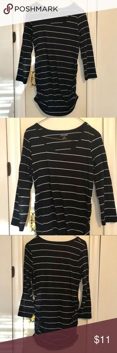 Motherhood Maternity Stripped Long Sleeve Small Motherhood Maternity Stripped Long Sleeve Small, Black and white striped, half sleeves, 27 inches in length, 19.5 Sleeve length Motherhood Maternity Tops Tees - Long Sleeve