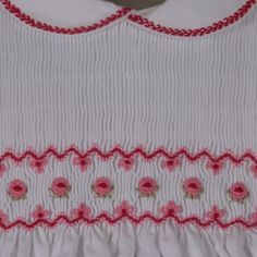 smocking on dress.........Click to see