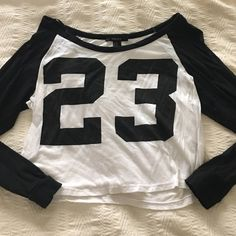 b&w 23 crop top has a little bit of fading/pilling but unnoticeable. long sleeve Forever 21 Tops Crop Tops
