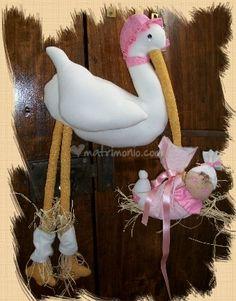 http://www.matrimonio.com/emp/fotos/5/6/3/4/Fiocco_di_nascita_a_forma_di_cicogna.png