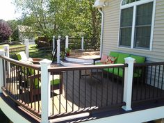 The deck contractors at Amazing Decks are experienced deck builders in PA and NJ. Our skills lie in redefining outdoor living areas. Back Patio, Backyard Patio, Trex Railing, Trex Decking, Railing Ideas, Outdoor Rooms, Outdoor Living, Deck Canopy, Deck Builders