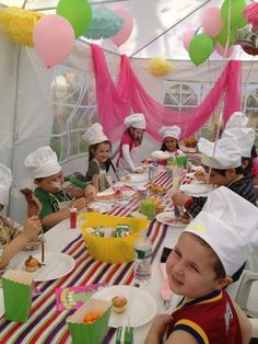Great cupcake decorating table