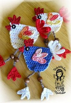 Little Hen Applique (paid) Pattern by NellagoldsCrocheting/Etsy  Love these!!  :)