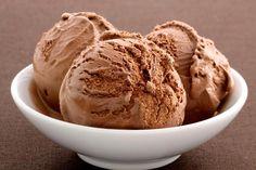La meilleure recette de glace au chocolat au Thermomix ! Une recette facile et inratable à réaliser en pas à pas comme sur le TM5 !