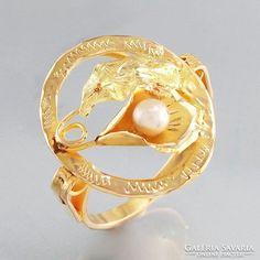 18 karátos arany gyűrű l Akoya gyöngyel