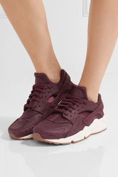 White rubber sole measures approximately 40mm/ 1.5 inches Burgundy leather and mesh Lace-up front Nike follows its own size conversion, therefore the size stated on the box will differ from the one provided in our conversion chart. To receive your correct fit, please refer to Size & Fit notes
