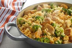 ~Cheesy Chicken, Broccoli and Rice~ This one's easy......1 skillet, 5 ingredients, & 25 minutes.