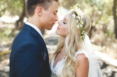 Veil of Grace | Gorgeous bride marries at 1909 in Topanga Canyon