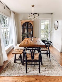 30 Wonderful Vintage Dining Table Design Ideas And Decor. If you are looking for Vintage Dining Table Design Ideas And Decor, You come to the right place. Below are the Vintage Dining Table Design Id. Dining Room Sets, Sweet Home, Dining Table Design, Narrow Dining Room Table, Chairs For Dining Table, Dining Bench With Back, Patio Dining, Arm Chairs, Dining Area