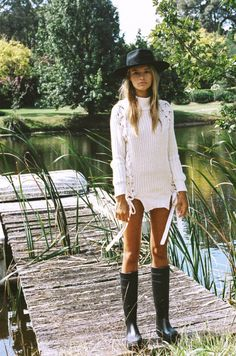 Lack of Color's Vintage Inspired Classic Hats & Fedoras Bohemian Mode, Bohemian Style, Boho Chic, Bohemian Fashion, Vintage Fashion, Bohemian Gypsy, Hippie Chic, Hippie Style, Victorian Fashion