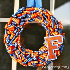 Ribbon wreath.. perfect for dorm room and school spirit! :)