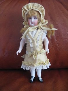 """ANTIQUE FRENCH STYLE SILK DRESS SET FOR A 7 1/2"""" ALL BISQUE MIGNONETTE DOLL"""