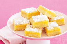 Lemon bars are such a classic dessert, with balanced citrus flavor, and softer than your average cookie. This recipe for Easy Lemon Bars is just that - oh so. Coconut Slice, Lemon Slice, Coconut Brownies, Lemon Coconut, Lemon Butter, Salted Butter, Chocolate Fruits, Chocolate Cake, Jelly Slice