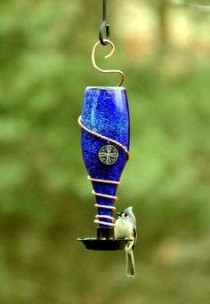 décoration de jardin bouteille en verre recyclage idée récup déco