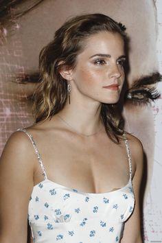 Emma Watson Hot, Emma Watson Beautiful, Emma Watson Sexiest, Beautiful Celebrities, Beautiful Women, Harry Potter Girl, Indian Beauty, Redheads, Beauty Women