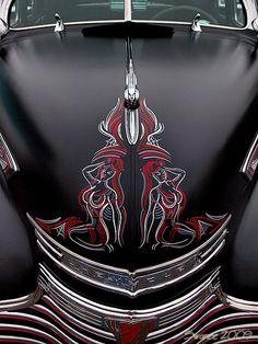 Pin-up Motorcycle Garage*: Pinstriping Pin Up Motorcycle, Motorcycle Garage, Motorcycle Seats, Custom Paint Jobs, Custom Art, Rat Rods, Pinstripe Art, Pinstriping Designs, Car Pinstriping