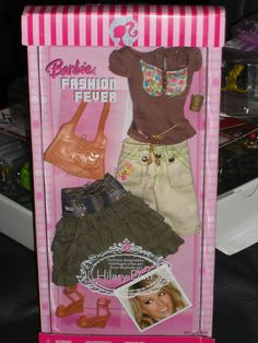2006 BARBIE FASHION FEVER  FASHION SET #K8515 DESIGNED BY HILARY DUFF