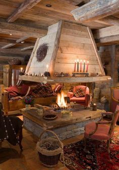 rustic chalet or cabin with a fantastic fireplace.just need snow and a good book! Decor Scandinavian, Log Cabin Homes, Log Cabins, Barn Homes, Cabins And Cottages, Fireplace Design, Open Fireplace, Cabin Fireplace, Fireplace Ideas