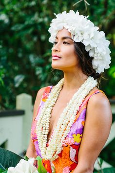Hawaiian Bride | Flower Crown | Absolutely Loved Photography |http://www.absolutelyloved.com |