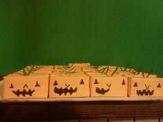 Smarties miniboxes -pumpkin treats