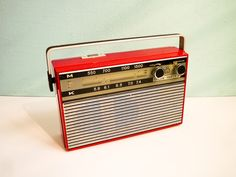 Vintage Transistor Radio Red Stern Party II Working. €65,00, via Etsy.