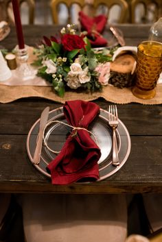 Burlap Runner, Champagne Runner, Maroon Napkin P. Burlap Runners, Wedding Venues, Wedding Ideas, Twinkle Lights, Napkin, Champagne, Table Decorations, Weddings, Photography