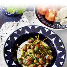 Yrtti-sitruunamarinoidut oliivit