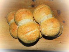 Ich als gebürtige Thüringerin kann nicht darauf verzichten. Jetzt hat unser Bäcker das Rezept veröffentlicht und ich habe es auf den Thermomix umgeschrieben und etwas abgewandelt. O Ton meines Mann...