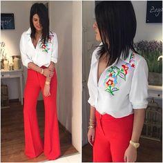 Yeni Sezon ... Nar Çiçeği İspanyol Paça Pantolon ve Çiçek Nak...