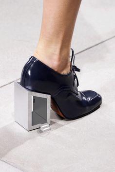 Balenciaga SS13 animated heel GIF