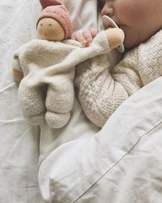 We love this adorable little lovey! Does your child have a lovey, tag blanket or… - Baby Clothes Newborn So Cute Baby, Baby Kind, Baby Love, Cute Kids, Cute Babies, Baby Baby, Baby Massage, Little Babies, Little Ones