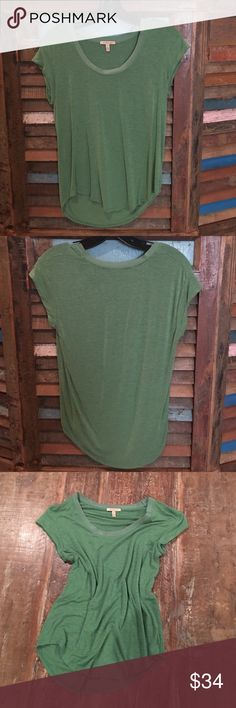 Green Bordeaux Super soft green tee.  Only worn once.  Excellent condition. Anthropologie Tops Tees - Short Sleeve