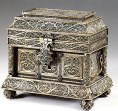 Another view of 17th/18th Century Silver Filigree Casket with Guus Roell. H.12.5cms W 14.3cms  D. 9cms