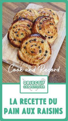 Pain Aux Raisin Recipe, Crossant Recipes, Raisin Recipes, French Dessert Recipes, Homemade Dinner Rolls, Food Platters, Sugar Cookies Recipe, Croissants, Beignets