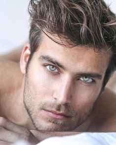 Delivering the Hottest Men from the web for your viewing pleasure. Beautiful Men Faces, Gorgeous Men, Brown Hair Green Eyes, Blonde Guys, Handsome Faces, Face Men, Hommes Sexy, Attractive Guys, Male Model