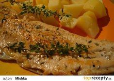 Pstruh lososovitý na másle s citrónem a bylinkami recept - TopRecepty.cz Cheesesteak, Mashed Potatoes, Pizza, Fish, Chicken, Cooking, Ethnic Recipes, Lemon, Whipped Potatoes