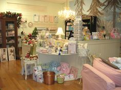 Interior Decorations - Retail Store - Shabby Chic - Display Fixtures Counters 2