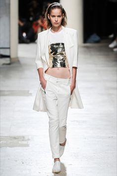 Sfilata Barbara Bui Parigi - Collezioni Primavera Estate 2015 - Vogue