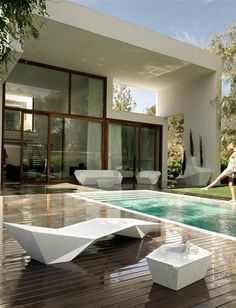"""And I am aware that this isn't infact """"Interior Design"""" - Faz, a Modern Outdoor Furniture Sets by Ramon Esteve for Vondom Contemporary Outdoor Furniture, Outdoor Living Furniture, Wicker Furniture, Style At Home, Interior Exterior, Exterior Design, Modern Exterior, Luxury Homes, Beautiful Homes"""