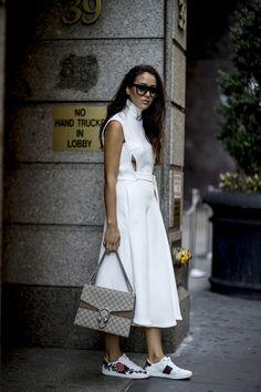 Yaz Gardırobunuza Ekleyebileceğiniz Beyaz Renkli Tasarımlar - InStyle Türkiye