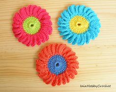 This listing is for one flower applique, choose your favorite from the menu!  Big crochet flower applique.  Diameter approximately 6.5 cm (2 1/2