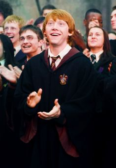 ron cheering on fred and george