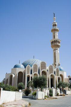 Abdoun Mosque | The Masjid Aisha in Abdoun, Amman, Jordan. | Cybjorg | Flickr