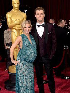 Elsa Pataky ya tiene a sus gemelos. La actriz española ha dado a luz a sus mellizos en el hospital Cedars Sinai de Los Ángeles. Su marido, Chris Hemsworth, no se ha separado de su mujer durante el parto.