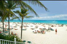 Donde te gustaría Vacacionar este Verano? Tenemos todos los destinos. Contáctanos 998-241-2842 mercedes@adorovacacionar.com
