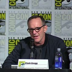 Clark Gregg @clarkgregg #clarkgregg #agentsofshield #sexy #sdcc #comiccon #handsome #philcoulson #style #follow #directorcoulson #fandom #instacool #elegant #instagood #fashion #funny #boss #coulsonlives #marvel #philinda #fitzsimmons #skyeward #hellyeah