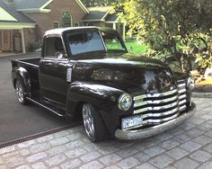 Someday I will buy myself an old chevy truck...gorgeous!